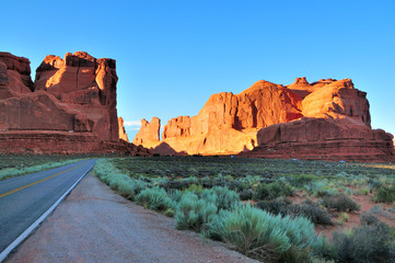Wall Mural - Moab Utah - Arches National Park at sunset
