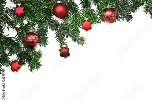 rahmen aus tannenzweigen mit roten christbaumkugeln. Black Bedroom Furniture Sets. Home Design Ideas