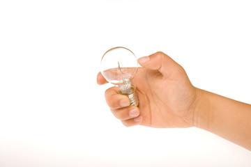 電球を持つ手
