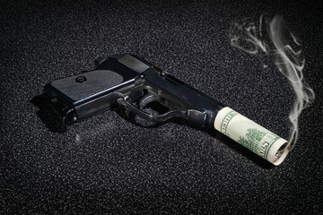 Pistol with imitation of silencer from dollar greenback