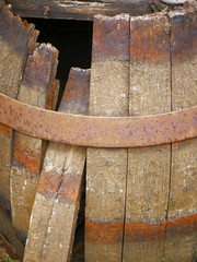 Wooden barrel defective