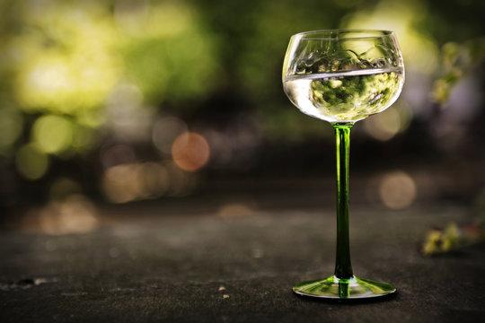 Verre de vin blanc alsacien