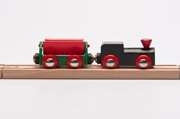 Holzeisenbahn mit Waggon