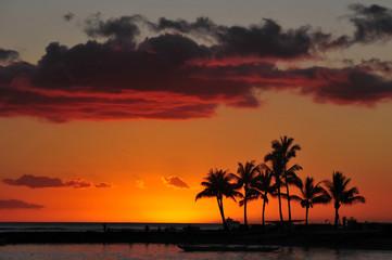 sunset on the beach waikiki honolulu at the palms