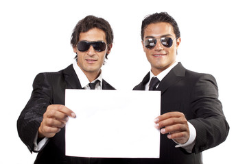 uomini d affari con biglietto