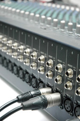 Connector signal sound mixer