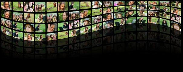 """mur d'images """"bonheurs dans l'herbe"""""""
