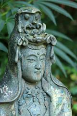 Japanische Statue aus Stein