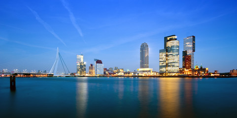 Keuken foto achterwand Rotterdam Rotterdam at dusk
