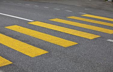 Fußgängerübergang Zebrastreifen