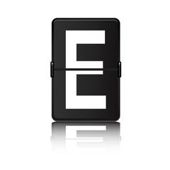 Panel de aeropuerto con letra E