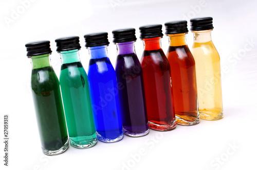 farbige kleine flaschen stockfotos und lizenzfreie bilder auf bild 27059313. Black Bedroom Furniture Sets. Home Design Ideas