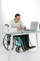Handicap travail studio