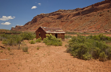 Abandoned Cabin In Utah's Comb Wash