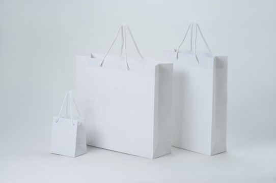 3種類の白い紙袋