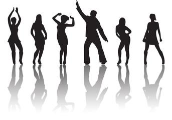 schwarze Umrisse tanzender Discobesucher