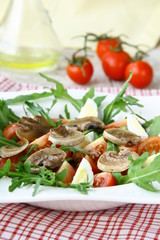 salad with tomatoes and fried mushrooms