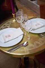 Petite table dressée à Marrakech