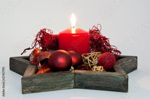 sternf rmige schale weihnachtlich dekoriert mit kerze und. Black Bedroom Furniture Sets. Home Design Ideas