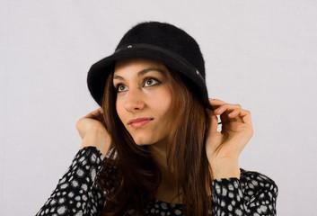 Ritratto di ragazza con cappello
