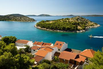 Chorwacja - wyspy i czerwone dachy