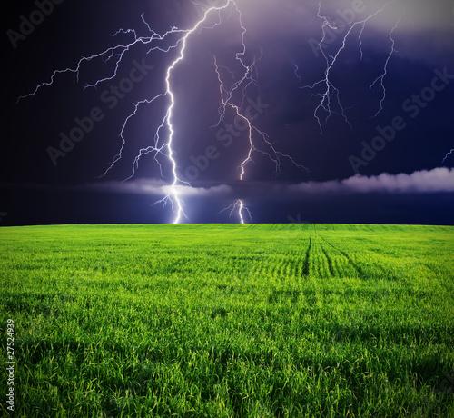 Wall mural thunderstorm