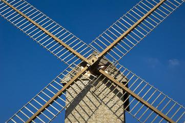 Spoed Fotobehang Molens moulin à vent