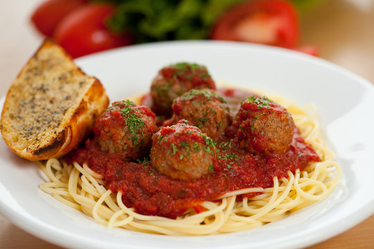 Meatball pasta marinara 1