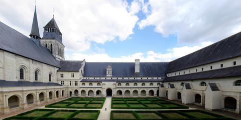 Abbaye Royale de Fontevraud - Le Cloitre du Grand Moutier