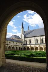 Abbaye Royale de Fontevraud - Cloitre et Eglise abbatiale