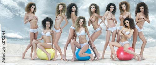 Naked hot big booty black girls