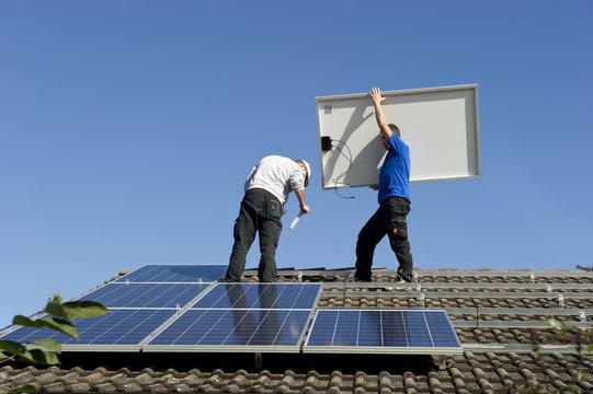 Solarinstallation 12