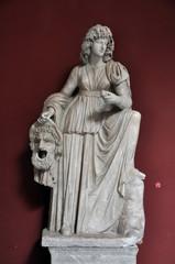 Statuen und Skulpturen