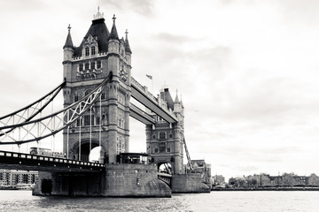 Fototapete - A black and white view of the famous Tower Bridge