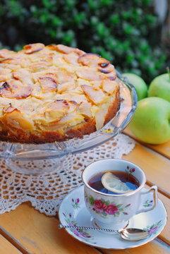 Il tè delle cinque con la torta di mele