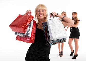 Frau nach dem Einkauf