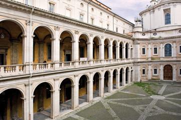 Roma Chiesa Sant'Ivo nel palazzo della sapienza