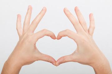 Handzeichen Herz