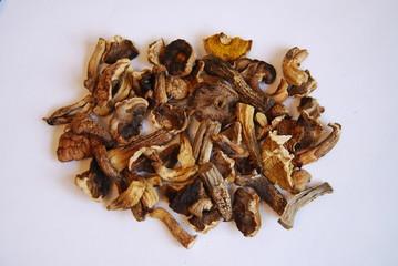 Dry mushrooms