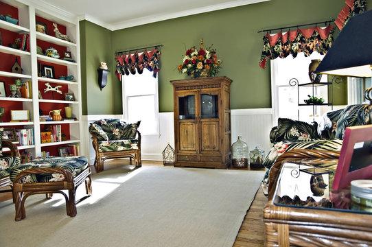 Keeping Room in Modern Home