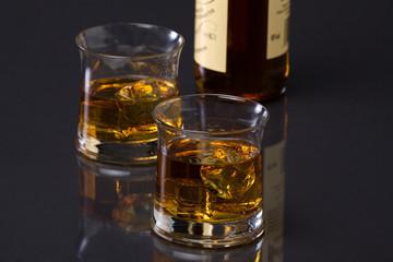 Whisky mit Flasche