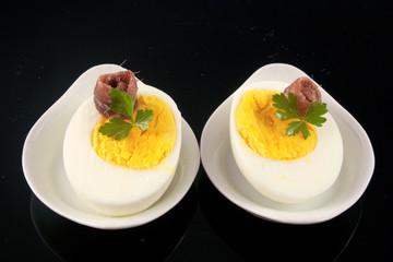 Uova Sode con filetto di acciuga