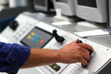 Bedienung einer Druckmaschine