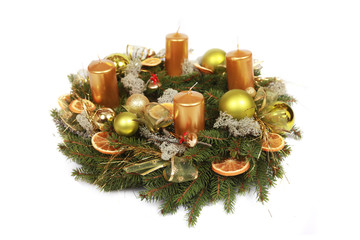 wreath with gold