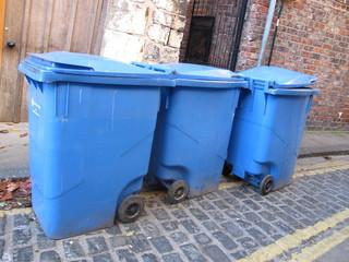 Container poubelles