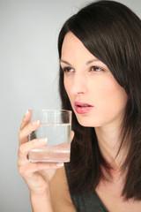 Femme - verre eau - #2
