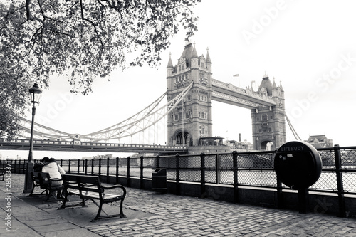 Wall mural A black and white view of Tower Bridge