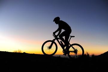 Une silhouette de vélo