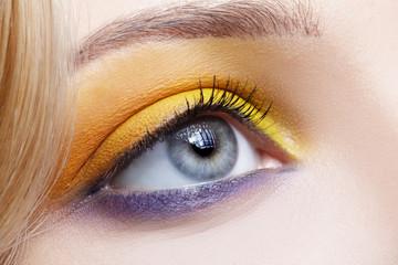 girl's eye-zone make-up