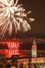 2011 New Year's Eve Firework above Ferry Building & Bay Bridge i